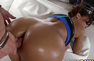 Big Ass Carolina is Back!! xxx tube video