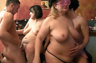 Many fat chicks and dicks xxx tube video