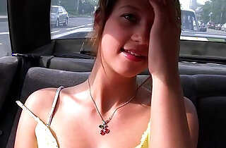 girl sucks in the car on the roadside xxx tube video