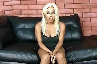 Busty latina Desiree Lopez deep throats dicks to the balls xxx tube video