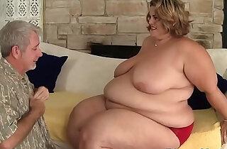 Cocksucking ssbbw gets doggystyled xxx tube video