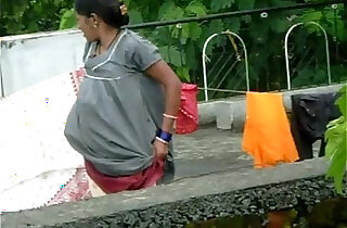 desi aunty changing her panty xxx tube video