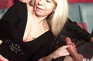 French mature in stockings gets double penetrated in a swinger club xxx tube video