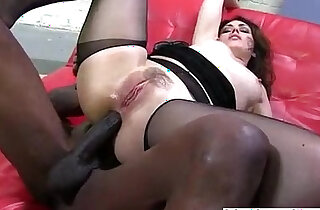 Big butt babe takes huge black cock up the ass xxx tube video