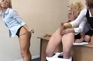 CFNM hj loving office ladies xxx tube video