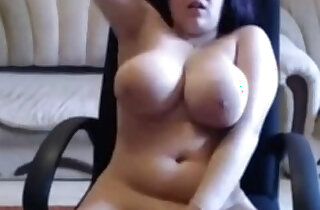 Busty Girl Squirts xxx tube video