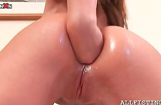 Redhead brunette babe anal fisting herself deep xxx tube video