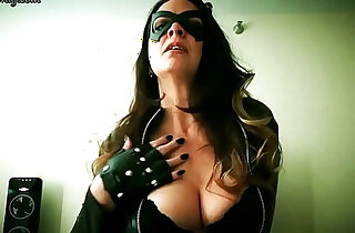 Catwoman Seduces Batman by Diane Andrews xxx tube video