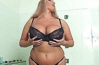BBW mom with massive tits fucks herself with a dildo xxx tube video