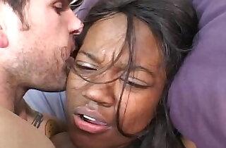 Ebony babe Daisia xxx tube video
