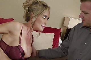 Blindfolded blonde busty amateur milf sucks big cock xxx tube video