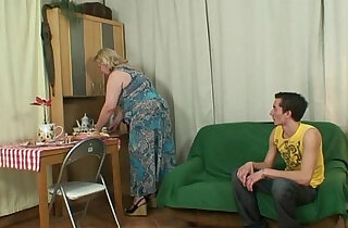 Lad fucks huge old mother in law xxx tube video