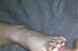 Sleeping feet creamed xxx tube video