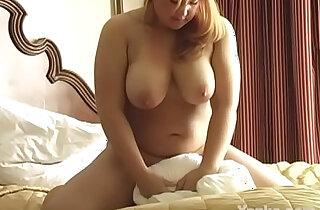 Yanks BBW Betty White Toys Her Twat xxx tube video