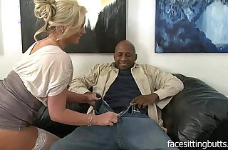 Horny cougar has a thing for huge black monster cocks xxx tube video