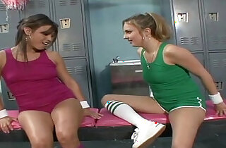 DIRTY CHEERLEADERS AND HER NEW STRAPON xxx tube video
