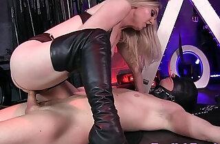 BDSM femdom queening her bound sub xxx tube video