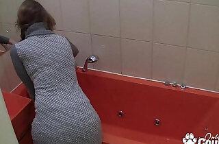Amateur MILF Masturbates In The Bath On Hidden Camera xxx tube video