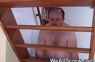 Nervous Indian sucks fat old mans cock xxx tube video