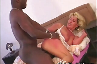 Big tit mature interracial fucked xxx tube video