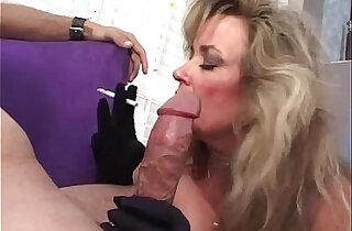 Mature sucking and smoking xxx tube video