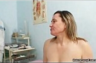 Dirty old man loves abusing horny moms xxx tube video