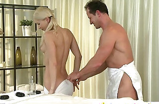 Massage babe rubs cock with oil xxx tube video