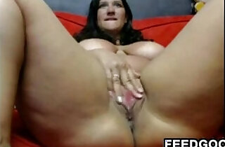 Thick Web Cam Slut Using Her Wand xxx tube video