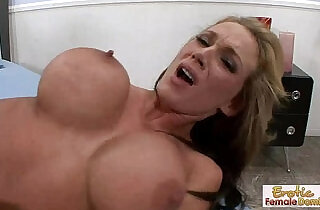 Cheating and getting her pussy pounded with no mercy in front of her boyfriend xxx tube video